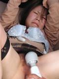 少女の失意の抵抗